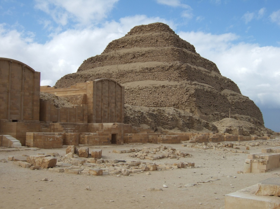 step-pyramid-djoser-cc-phool-4-XC