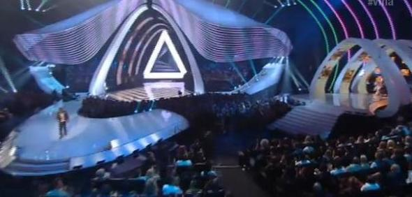 mtv-vma-2011-illuminati