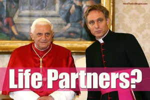 pope-benedict-georg-ganswein-gay-lovers