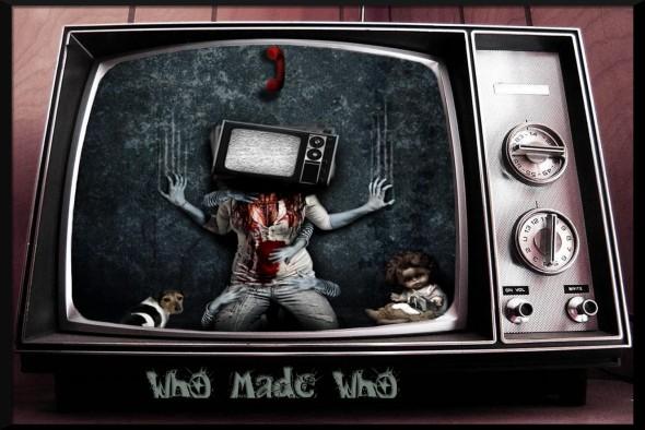 Gothic Girl In An Old TV-413856 (darkwallz.blogspot.com)