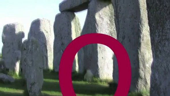 eGZydGM3MTI=_o_real-ghost-caught-on-tape---ancient-stonehedge
