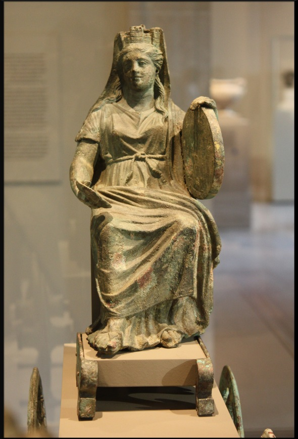 Bronze_statuette_of_Cybele