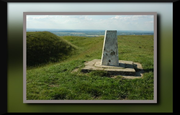 Trig_point_on_Whitehorse_Hill_-_geograph.org.uk_-_1370581