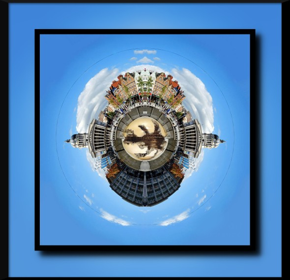 little-planet--nottingham-town-hall-yhun-suarez